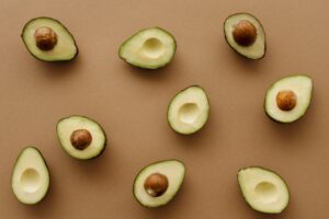 what does avocado taste like